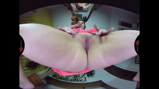 Kattie Gold Face-Sitting (Powered By SexLikeReal)