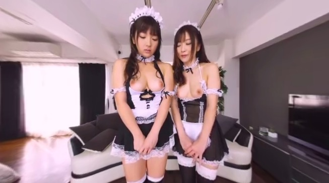 Two japanese maids for you in VR